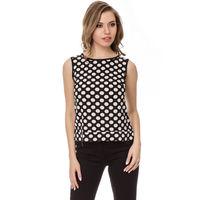 Блузка в модный горошек