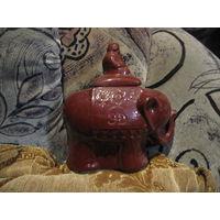 Керамический слон для хранения чая