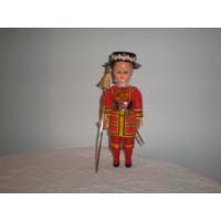 Кукла в национальном костюме. 19 см.
