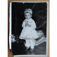 Фото. Девочка-снегурочка. 1970-е. 9х13 см