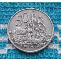 Новая Зеландия 50 центов 1967 года. Королева Елизавета II. Корабль.