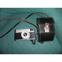 Фотоаппарат Смена-Рапид в кофре.