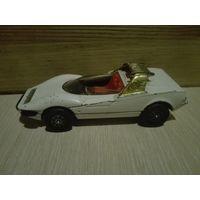 Винтаж.Alfa Romeo P33 Pininfarina,Corgi Toys. Original.1/43.