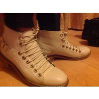 Фирменные кожаные ботинки Zara из ограниченной коллекции