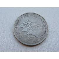 """Камерун. 100 франков 1972 год  """"Африканская антилопа""""  KM#15 Один год чекана!!!"""
