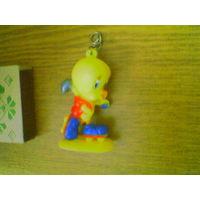 "Твити Пай ( Tweety Pie) - Желтая канарейка, персонаж из серии мультфильмов ""Looney Tunes"" и ""Merrie Melodies"""