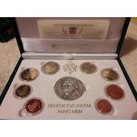 Набор монет Ватикан 2010г