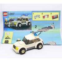Полицейская машинка LEGO с инструкцией и человечком