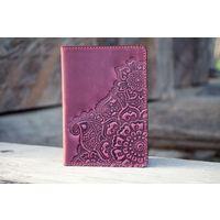Бордовая кожаная обложка на паспорт Восточный Сад