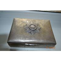 Шкатулка серебро