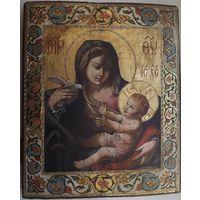 Икона Пресвятая Богородица на золоте.