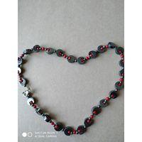 Ожерелье из гематита и яшмы
