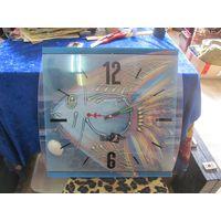 Часы настенные кварцевые. 39*39 см.