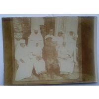 Офицер и сестры милосердия. 1-я мировая война. 6х8 см.