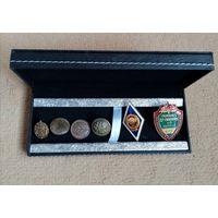 Коробочка для хранения коллекции монет, значков, часов, ручки и т.д.