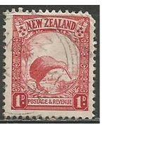 Новая Зеландия. Птицы. Киви. 1935г. Mi#190.