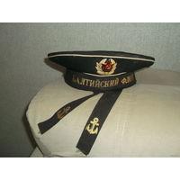 Чёрная бескозырка матроса Балтийского флота СССР.