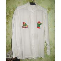 Рубашка белая с вышитыми медвежатами р.46-48