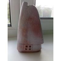 Декоративная ваза -- фигурка Деревенский домик, глина